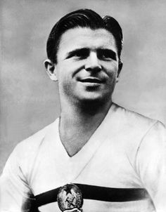 Ferenc Puskas of Hungary in Football Icon, World Football, Football Soccer, Football Players, Image Foot, The Sporting Life, Football Images, Association Football, European Cup