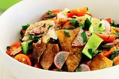 middle eastern favorite: fattoush. a crispy, minty, and lemon-y salad with just the right amount of herbs - flavor madness