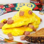 From the American Omelettes Breakfast Recipe Collection. The classic American Ham And Cheese Omelet. just eggs, ham and cheese as nature intended. Ham And Cheese Omelette, Breakfast Omelette, Breakfast Recipes, Breakfast Ideas, Egg Recipes, Fish Recipes, Pizza Raclette, Ham Steaks, Recipe Collection
