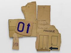 "Cardbird VIからCardbirdシリーズ(1971年)、フォトリソグラフィとテープ追加が段ボールにシルクスクリーン。総合(irreg.):26 X 27-3/16 ""、出版社やプリンタ:ジェミニゲル、ロサンゼルス、エディション:75、ロバート·ラウシェンバーグのフレデリック·M·マイヤーズアート©エステート、ジェミニGELの近代美術館のギフト。 / VAGA、ニューヨーク、NYでライセンス。"