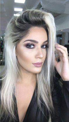 Pin by Brea Bevan on Hair & Beauty that I love in 2018 Hair Color And Cut, Hair Color Dark, Gray Color, Platinum Hair, Pinterest Hair, Super Hair, Hair Color Balayage, Hair Looks, Hair Inspiration