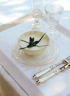 LE JACQUARD FRANÇAIS, créateur et fabricant de Linge pour la Table, la Cuisine et le Bain - Placemat Vénézia Champagne