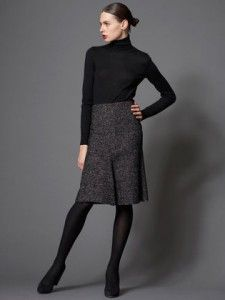 Amazing A-line skirt work outfit. So sleek and sophisticated.