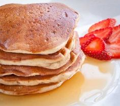 Delicious eggless pancake recipe that produces wonderful, fluffy pancakes great for breakfast! Sub sugar with coconut sugar and regular or almond milk. Eggless Pancake Recipe, Eggless Recipes, Vegan Recipes, Cooking Recipes, Pancake Recipes, Egg Free Pancakes, Vegan Pancakes, Fluffy Pancakes, Egg Free Recipes