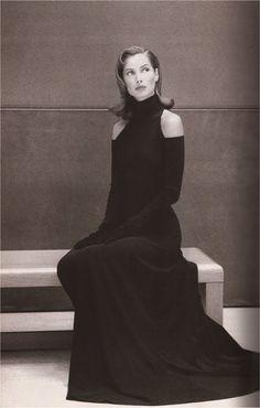 Graphic glamour. Christy wearing Donna Karan 'cold shoulder' dress. Harpers Bazaar September 1992.