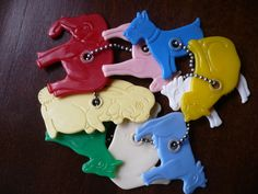 Vintage plastic animals baby toy / rattle.