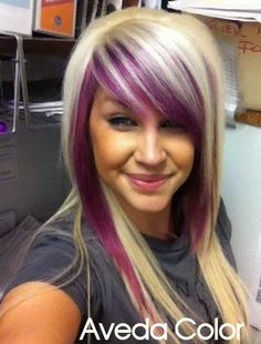 Hair Color Trends 2018 - Highlights Beautiful use of those Vibrant Aveda colors Jacot Jacot Allen Aveda Salon by alba Discovred by : Jo Hair Color And Cut, Haircut And Color, Cool Hair Color, Hair Colors, Love Hair, Great Hair, Gorgeous Hair, Funky Hairstyles, Pretty Hairstyles