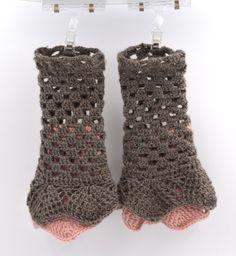 Gloves mitten  wool /  gloves mitten wool, crochet, romantique, grey, rose, pink,élégance de la boutique SUINDARA sur Etsy