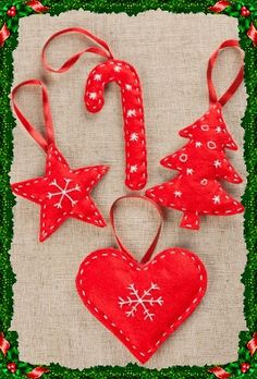 Ideas For Sewing Decor Ideas Christmas Gifts Easy Christmas Decorations, Felt Christmas Ornaments, Handmade Christmas, Christmas Crafts, Felt Decorations, Ideas For Christmas, Ornaments Ideas, Beaded Ornaments, Christmas Sewing Projects