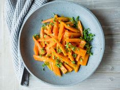 Appelsinkokte gulrøtter Frisk, Carrots, Bacon, Food And Drink, Snacks, Dinner, Vegetables, Dining, Carrot