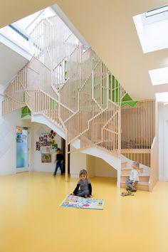 Lipton Plant adds indoor treehouse to Bath House nursery in Hackney - interior design Kindergarten Interior, Kindergarten Design, Education Architecture, Interior Architecture, Interior Design, Dezeen Architecture, Architecture Wallpaper, Yellow Interior, Kid Spaces
