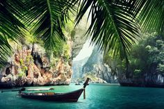 Krabi Province is all about the coastal life. Full moon parties, white sand beaches and overwater cliff climbing have been summoning travelers from all over the world for more than 20 years. Go swimming at Phra Nang Beach, paint yourself neon for a rave on Koh Phi Phi or catch a sunset in Kantiang Bay.
