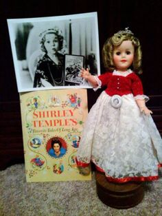 "1950s SHIRLEY TEMPLE ""CINDERELLA"" DOLL - ORIGINAL CROWN! FAIRY TALE BOOK & 8X10"