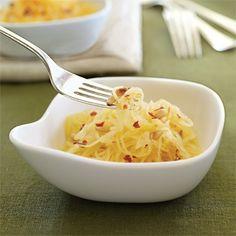 Meatless Monday Recipe: Spaghetti Squash with Garlic Sauce