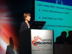 Claudia Canevari dell'@EU_Commission  al Summit #VES13 #Smartenergy