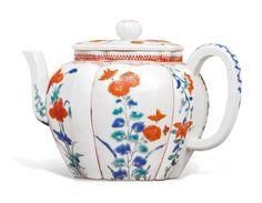 A Kakiemon teapot, Edo period, late century - Alain. Edo Period, Japanese Porcelain, Glass Ceramic, Japanese Art, Japanese Beauty, British Museum, 17th Century, Modern Art, Art Pieces