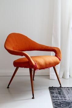 Löytö: Kaksi nojatuolia 50-luvulta. Gastone Rinaldi.