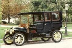 1907 Packard Limousine  Packard Automobile Co. Detroit, Mi  1899-1958 ✏✏✏✏✏✏✏✏✏✏✏✏✏✏✏✏ IDEE CADEAU   ☞ http://gabyfeeriefr.tumblr.com/archive ✏✏✏✏✏✏✏✏✏✏✏✏✏✏✏✏  CUTE GIFT IDEA  ☞ http://frenchvintagejewelryen.tumblr.com/archive   ✏✏✏✏✏✏✏✏✏✏✏✏✏✏✏✏