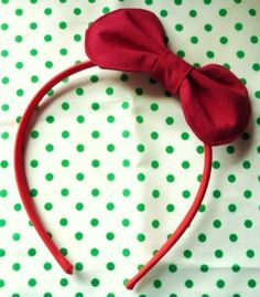 hello kitty red head bow