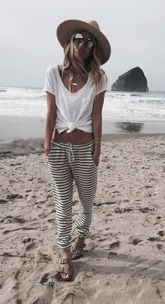 black & white stripes. beach style.