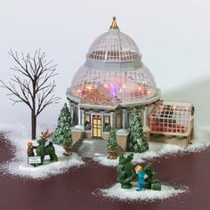 Department 56 - Christmas in the City  - Crystal Gardens Conservatory