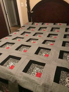 Patchwork Quilting Designs Thoughts 20 T - Diy Crafts Log Cabin Quilts, Édredons Cabin Log, Log Cabin Quilt Pattern, Barn Quilts, Log Cabin Patchwork, Log Cabins, Patchwork Quilting, 3d Quilts, Strip Quilts