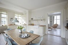 serene & simple kitchen