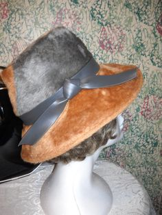 Vintage Mod late 60s early 70s Gorgeous Designer by vintagefinds61, $34.00