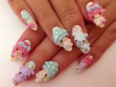 Super cute Little Twin Stars nails!