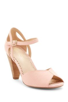 7ea3a006f Image of Restricted Dancing Dots Cone Heel Sandal Sapatos, Sandálias De  Amarrar No Tornozelo,