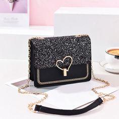 Black Handbags, Purses And Handbags, Leather Handbags, Leather Bags, Luxury Handbags, Fashion Handbags, Fashion Bags, Fashion Women, Style Fashion