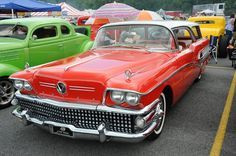 Get details on Pigeon Forge car shows such as the Grand Rod Run, Shades of the Past, Goldwing rally and other car shows in Pigeon Forge, TN.