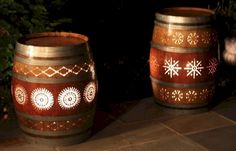 Creative Ideas That You Can Make Using Old Wine Barrels 06 Porch Lighting, Outdoor Lighting, Lighting Ideas, Wine Guy, Barrel Projects, Outdoor Projects, Wine Barrel Furniture, Deco Luminaire, Wine Craft