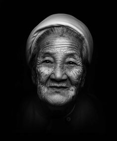Old wrinckled woman portrait