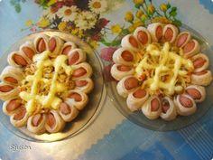 Sve što nam je potrebno, to je testo za picu ( ili podloga), viršle, jaja, masline, paradajz, luk. Pogledajte, sve je vrlo jednostavno. Recept. Slike.