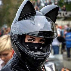 Cat Ear Motorcycle Helmets - ~*Stuff, I like*~ - Motorrad Badass Motorcycle Helmets, Biker Helmets, Motorbike Girl, Motorcycle Style, Motorcycle Design, Women Motorcycle, Ninja Motorcycle, Motorcycle Touring, Triumph Motorcycles