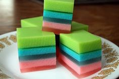 Easter Jello Squares...cooled in freezer for 15 minutes between layers to speed it along. Beautiful!