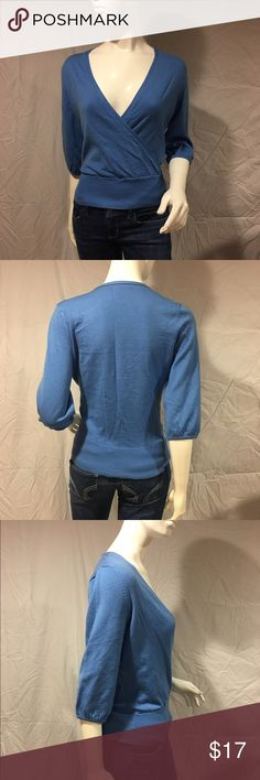 ⚡️FLASH SALE MUST GO⚡️Criss-cross sweater Cute blue criss-cross sweater. Has three quarter sleeves. Also has a wide band at the bottom. Minimal pilling but other than that in great condition. Feel free to make me a reasonable offer 💕 New York & Company Sweaters