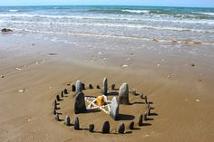 Beach Altar - Pinned by The Mystic's Emporium on Etsy