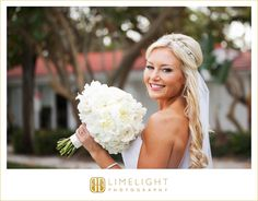 Limelight Photography, Wedding Photography, Carlouel Yacht Club, Bride, Bouquet, White http://www.stepintothelimelight.com