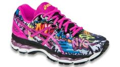 This limited edition graffiti print Nimbus 17 was designed specially for the 2015 TCS New York City marathon. When designing the new GEL-Nimbus® 17, ASICS opted for a little more revolution than evolution. Serious weight reduction takes center stage, with a nearly seamless FluidFit® upper that fits and feels like a runner's dream.