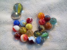 Old Marbles -Glass from the 30's-40's-50's Assorted-Cats Eye-Shooter-Lot 41