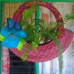 Home Decoration; Tire Planters, Flower Planters, Flower Pots, Tire Garden, Garden Deco, Old Cd Crafts, Tire Craft, Reuse Old Tires, Used Tires
