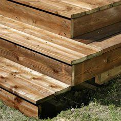 Slik bygger du terrasse med trapp - viivilla.no Outdoor Furniture, Outdoor Decor, Wood, Home Decor, Patio, Decoration Home, Woodwind Instrument, Room Decor, Timber Wood