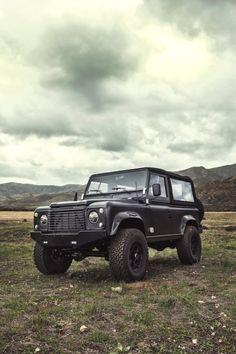 Land-Rover-D90-Custom-13-740x1110