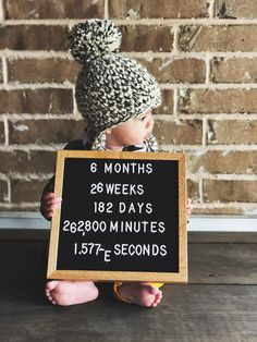 Brady Jordan six month baby update / month by month tracker / documenting baby's first year / baby photography Boy Birthday Pictures, Baby Boy Pictures, Family Pictures, 6 Month Baby Picture Ideas Boy, Half Birthday Baby, Six Month Baby, Monthly Baby Photos, Monthly Pictures, Baby Monat Für Monat