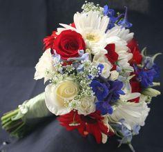 ♥♥♥  INSPIRAÇÃO: Casamento azul, vermelho e branco Combinar cores para o seu casamento pode não ser uma tarefa fácil. Equilibrar os tons, deixar tudo harmonioso é trabalhoso, mas dá um resultado im... http://www.casareumbarato.com.br/inspiracao-casamento-azul-vermelho-e-branco/ Saiba tudinho em http://www.casareumbarato.com.br/inspiracao-casamento-azul-vermelho-e-branco/