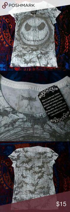 Nightmare before Christmas Shirt ☆NWT☆ Nightmare before Christmas T-shirt Disney Tops