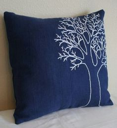 New Embroidery Designs Modern Pillow Covers Ideas covers des. : New Embroidery Designs Modern Pillow Covers Ideas covers design New Embroidery Designs Modern Pillow Covers Ideas Modern Pillow Covers, Diy Pillow Covers, Modern Pillows, Linen Pillows, Diy Pillows, Decorative Pillows, Pillow Ideas, Cushion Embroidery, Embroidered Cushions