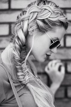 Love the mix of the braids